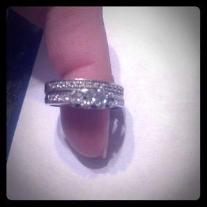 Jewelry - Platinum Engagement Ring and Wedding Band Set